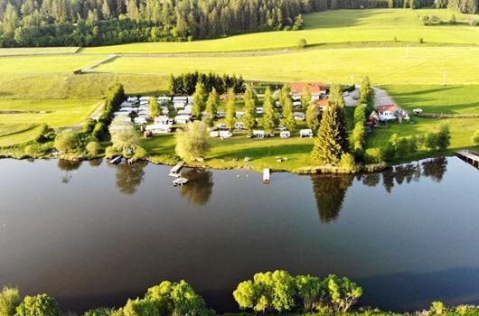 Campingplatz-Gesamtansicht